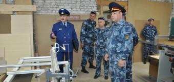 Заместитель прокурора Костромской области проверил Островскую исправительную колонию № 4