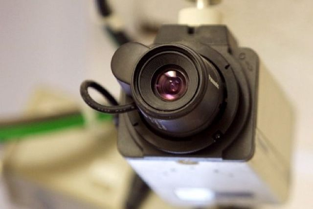 В 3-х детских садах и 2-х школах Островского района установят камеры видеонаблюдения