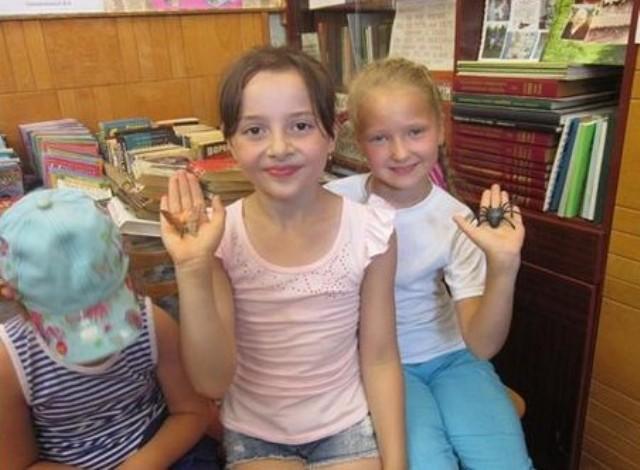 Игодовская библиотека в летние месяцы практически ежедневно полна ребятишек
