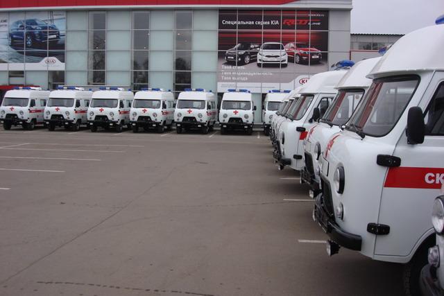 Сбербанк подарил тамбовским больницам 16 спецмашин скорой помощи