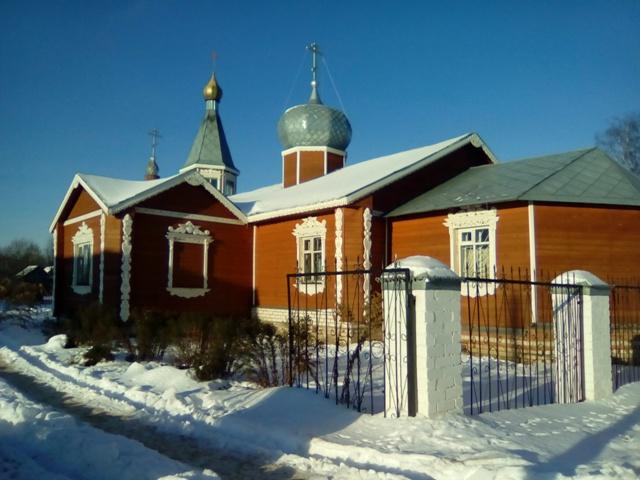 20 ноября в День памяти жертв ДТП проведена служба  в церкви Иоанна Кронштадского и благотворительная Ярмарка