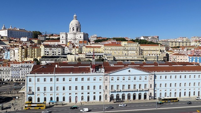 Туроператор «Лузитана Сол»: Туры в Португалию с Аэрофлотом
