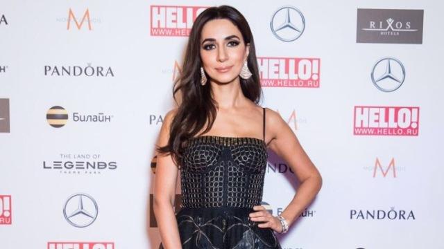 «Самая стильная в России»: певица Зара получила премию журнала «Hello!»