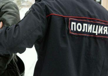 Два жителя Островского вынесли из чужого сарая 87 литров топлива