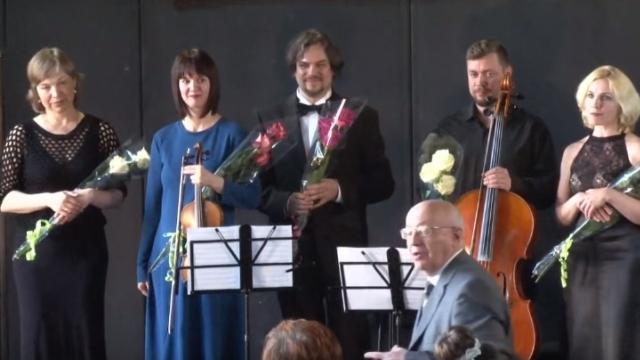 В поселке Александровское открыт новый концертный зал (Видео)