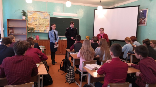 Прокуратура Островского района провела мероприятие правового просвещения, посвященное Международному дню борьбы  с коррупцией